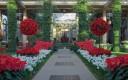 Longwood-Gardens-Christmas-Interior-680uw-300x199.jpg
