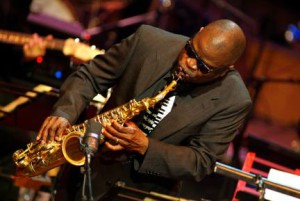 ROOTS AND GROOVES WDR BIG BAND KÖLN MACEO PARKER,as,voc Gastsolist der WDR BIG BAND KÖLN